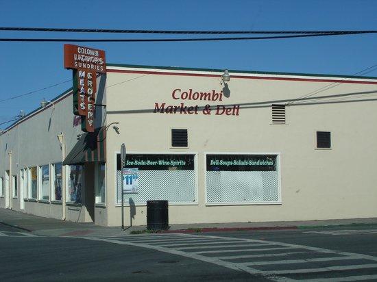 Colombi Motel : Colombi Market & Deli