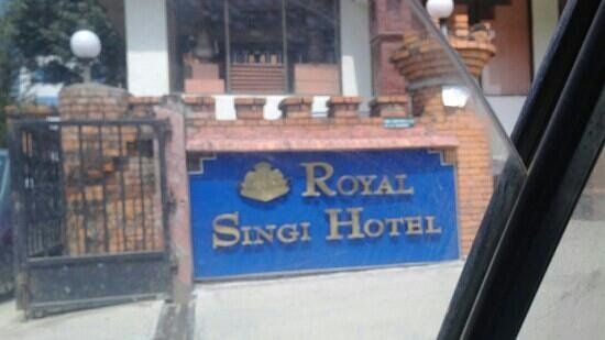 Royal Singi Hotel : entrance