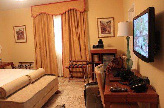 Impala Hotel: Room 01