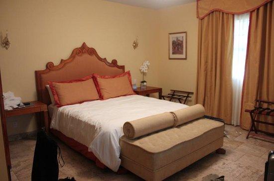 Impala Hotel: Room 04