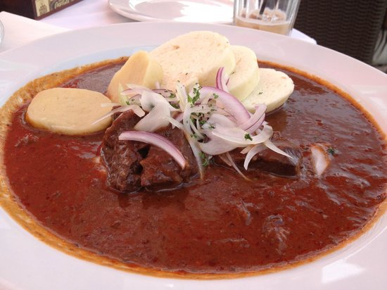 Restaurant White Horse: Czech goulash