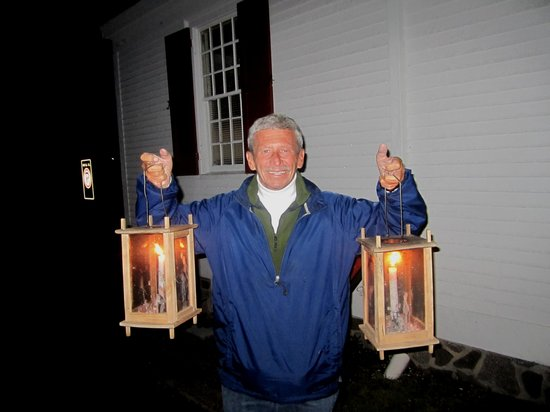 Annapolis Royal Candlelight Graveyard Tour: The tour is about to begin.