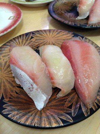 Kaitenzushi Matsuriya : sushi