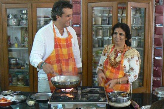 Sushma's Cooking Classes: Cooking class : Preparing Indian Cuisines