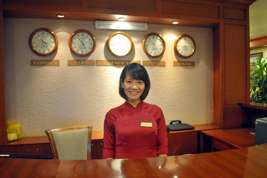 "Hoabinh Palace Hotel: """"Trang"""" Receptionist"