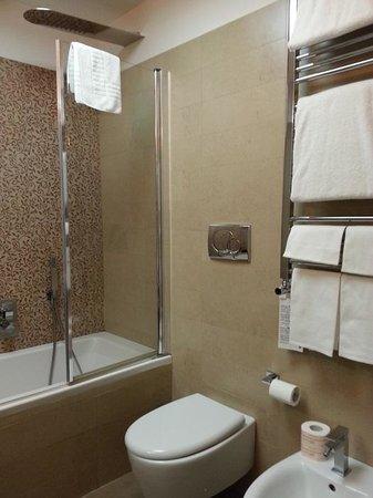 Class House : Bathroom