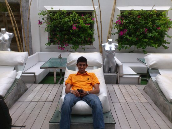 HVN at Casa Colombo: near by the pool