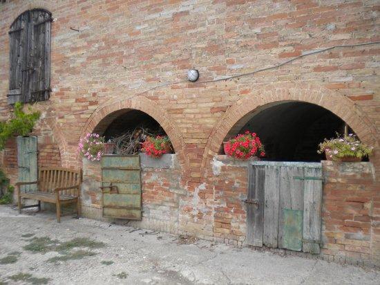 Agriturismo La Torretta: building