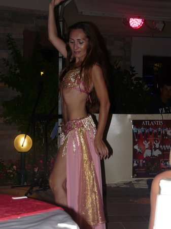 Whispering Sands: Belly dancer at Turkish night
