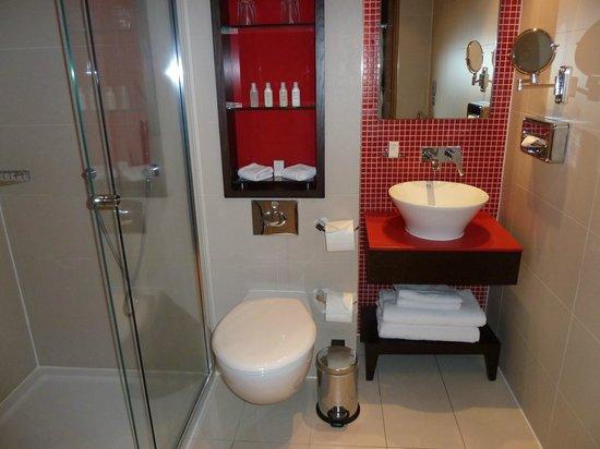 Hotel Indigo London-Paddington: Lovely bathroom