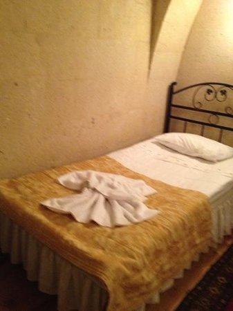 Temenni Evi Hotel: シングルベッド、二つ