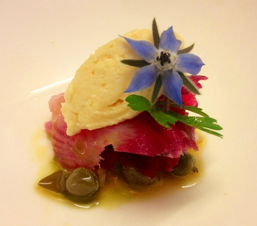 Pri Lenart Hotel: beetroot cured halibut with a caper and shallot dressing