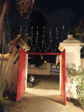 La Maison Rose : The entrance