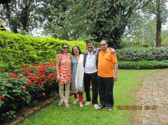 Ceylon Tea Trails : Outside summerville bunglows