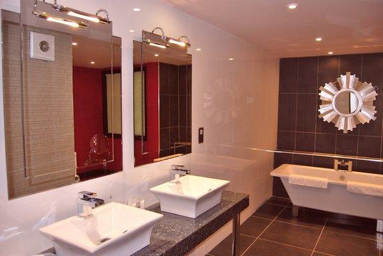 Bathroom Lights Norwich a romantic break or vip guest suite in norwich, norfolk - picture
