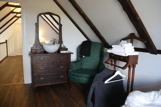 Grand Guesthouse Gardakot: room with shared bathroom