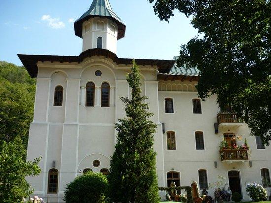 Calimanesti, Romania: Turnu Monastery