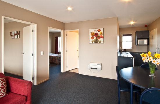 Phoenix Motel: Executive Two Bedroom Spa Unit 8