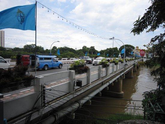 Nawarat Bridge: ナワラット橋2