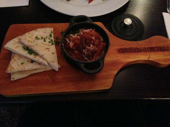 Costas Taverna Greek Restaurant and Ouzo Bar: Meatballs