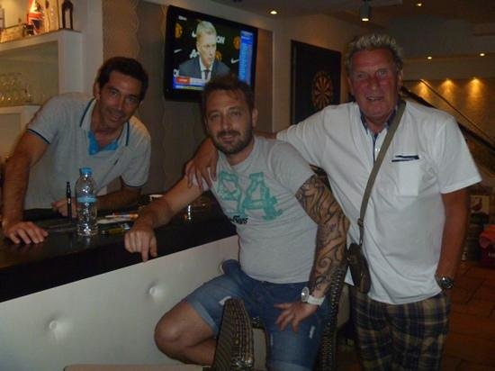 Palmar Apartments: me with spiros and costas