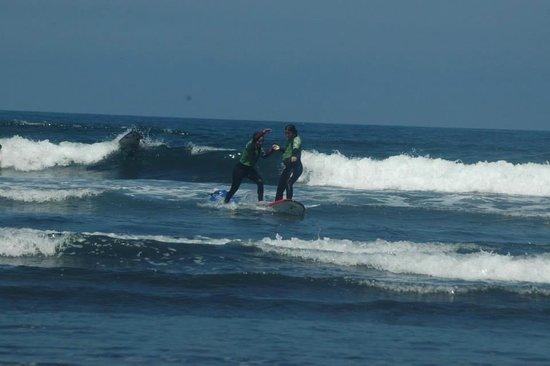Rompiente Norte Surfcamp: Diversión pura