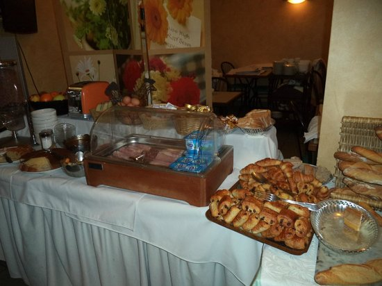 Hotel Restaurant Plaisance : buffet PDJ