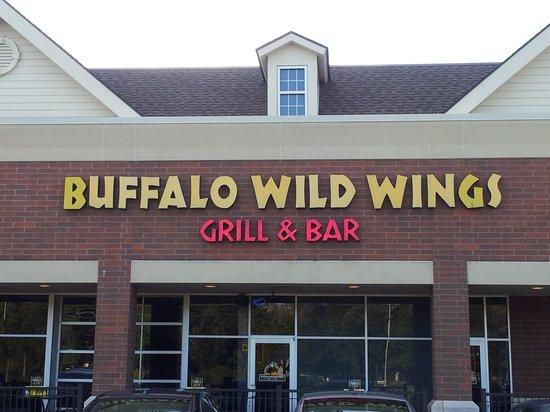 Buffalo wild wings holdem