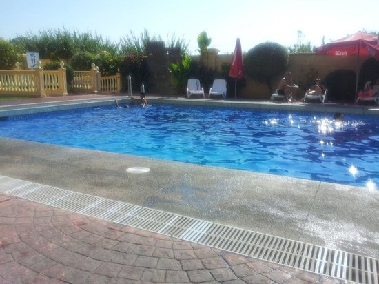 Royal Costa Hotel: the pool