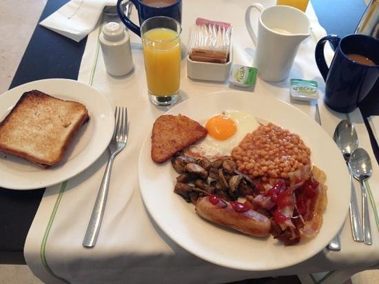 Maarid: yummy breakfast