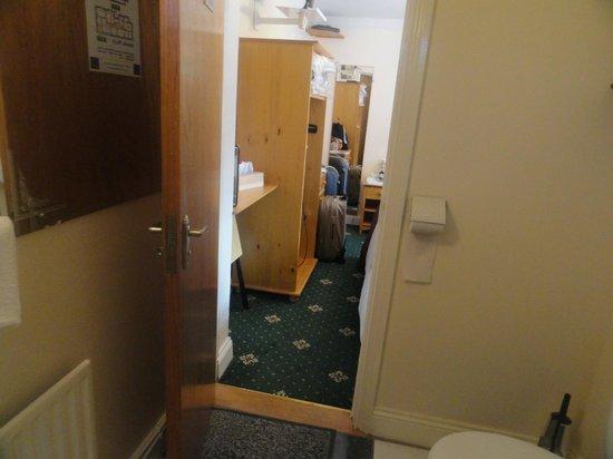 Flushing Meadow Bed & Breakfast: Twin room