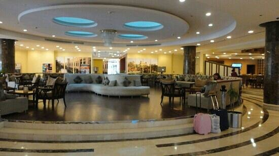 Cassells Al Barsha Hotel Dubai: Reception