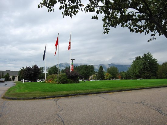 North Conway Grand Hotel: North Conway & fog