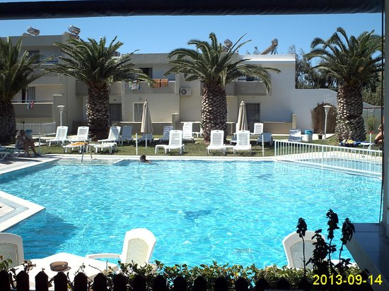 阿斯拉尼斯村酒店照片