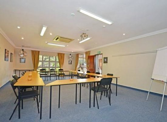 Oaklands Inn & Conference Centre: Conference Room 3 of 4