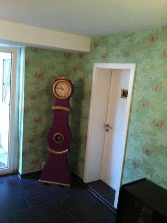 Hotel Domspitzen: nice clock