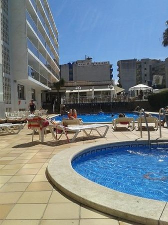 Hotel Riviera: pool area