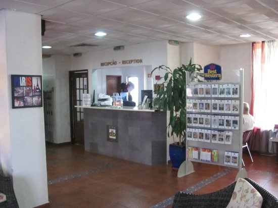 BEST WESTERN Hotel Dom Bernardo : Rezeption