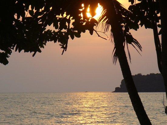 Siam Beach Resort: закат, вид с номера