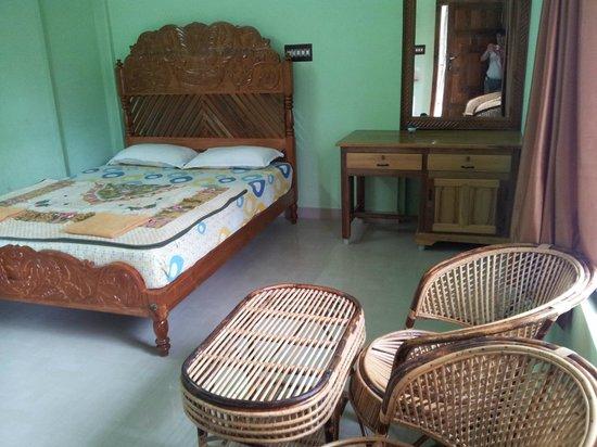 Panthalams Homestay : 1 des 2 pièces de la chambre familiale