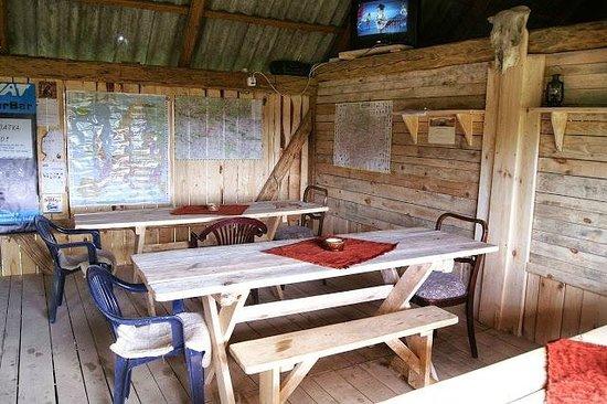 Sala Podróżnika CAMP 4x4 Małe Jodło