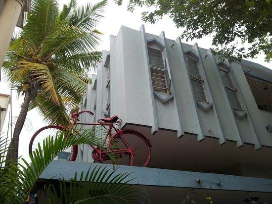Mysore Bed and Breakfast : Un vélo en l'air