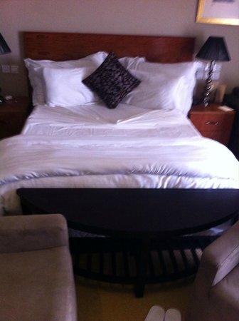 Adam Park Marrakech Hotel  & Spa: Lit