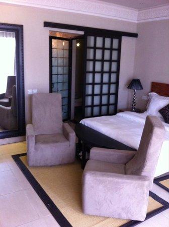 Adam Park Marrakech Hotel  & Spa: vue sur SDB