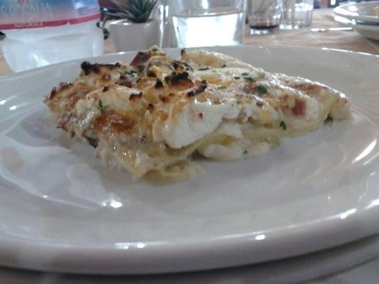 Ristorante Agrituristico Rosa Cambra : lasagne carciofi e ricotta