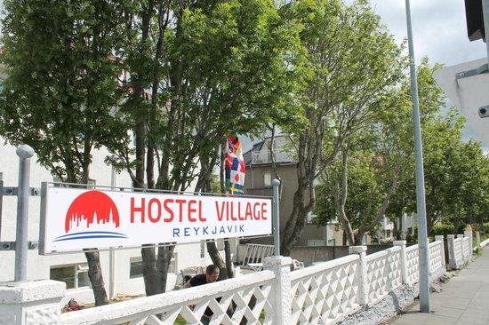 Reykjavik Hostel Village: Front - Main House
