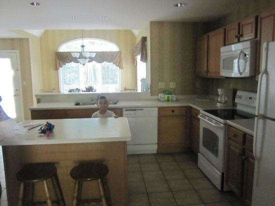 Villas at Tree Tops and Fairway: kitchen