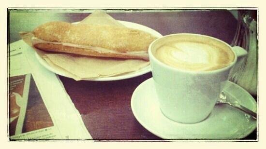 La Nevateria: En un café se vieron por casualidad...