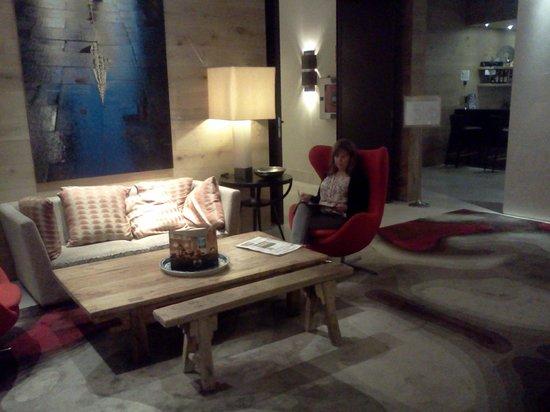 Hotel Zen Balagares: Salon