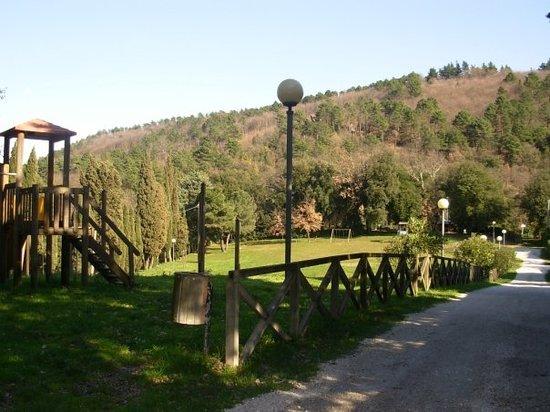 """San Baronto: Area verde """"La Fraschetta"""""""